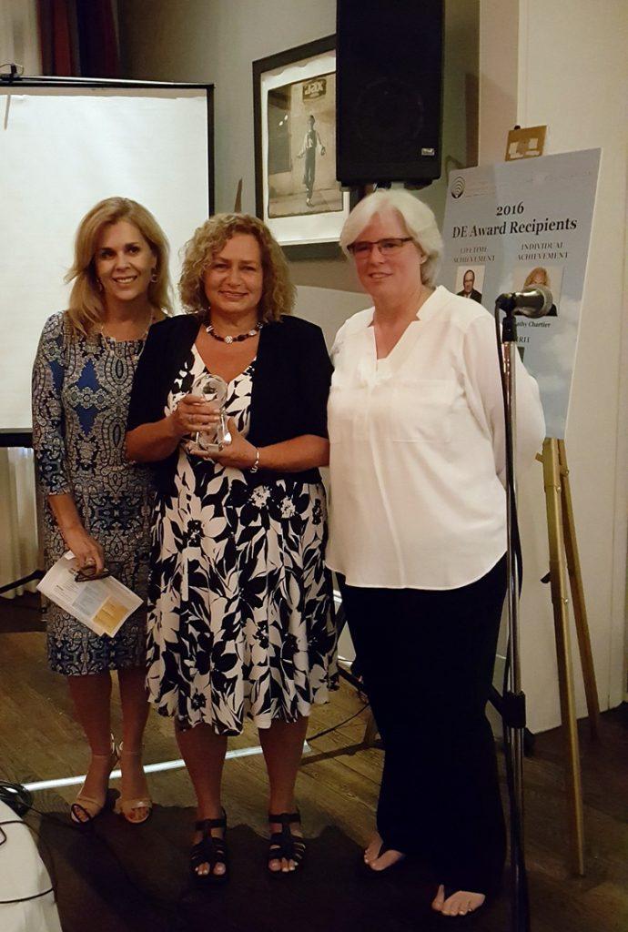 DE Award