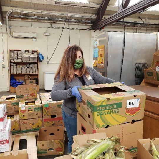 Employee from TwinStar Volunteering