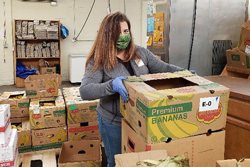 woman packing food